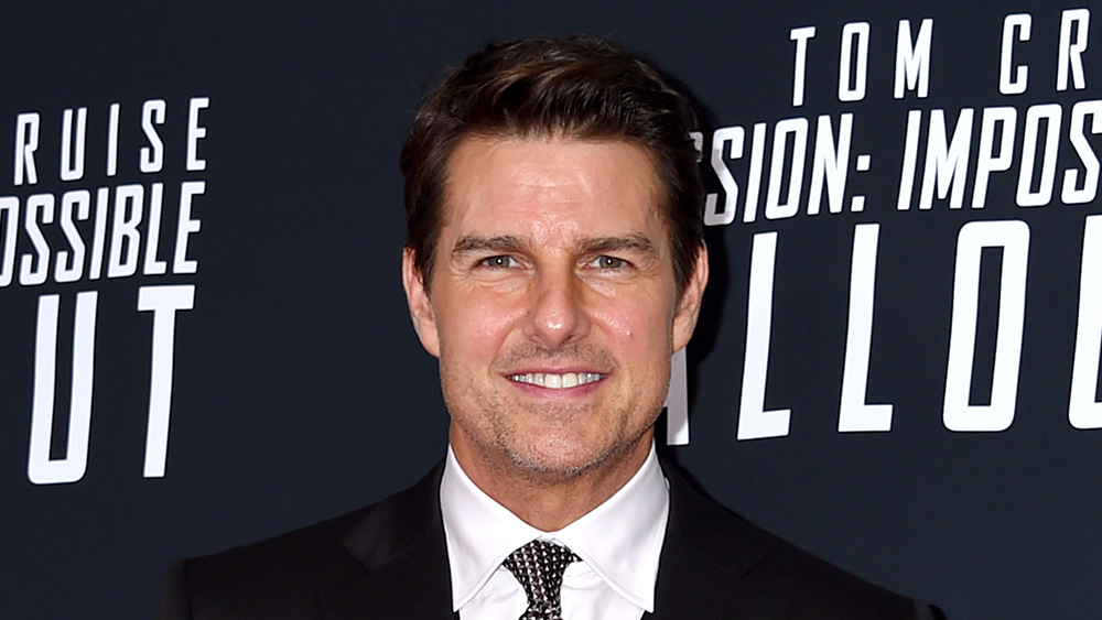 Tom Cruise And Doug Liman Set Liftoff Date With Space X, Space Shuttle Almanac Reveals thumbnail