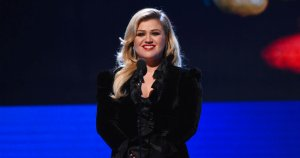 Kelly Clarkson Goes Full Morpheus In Response To Big Bucks Unpaid 'Voice' Commissions Suit By Management Firm