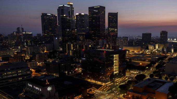Los Angeles County Could Reopen More Widely In October Says Official Deadline