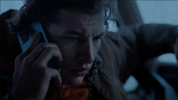 'Wireless' Trailer: Tye Sheridan Fights For