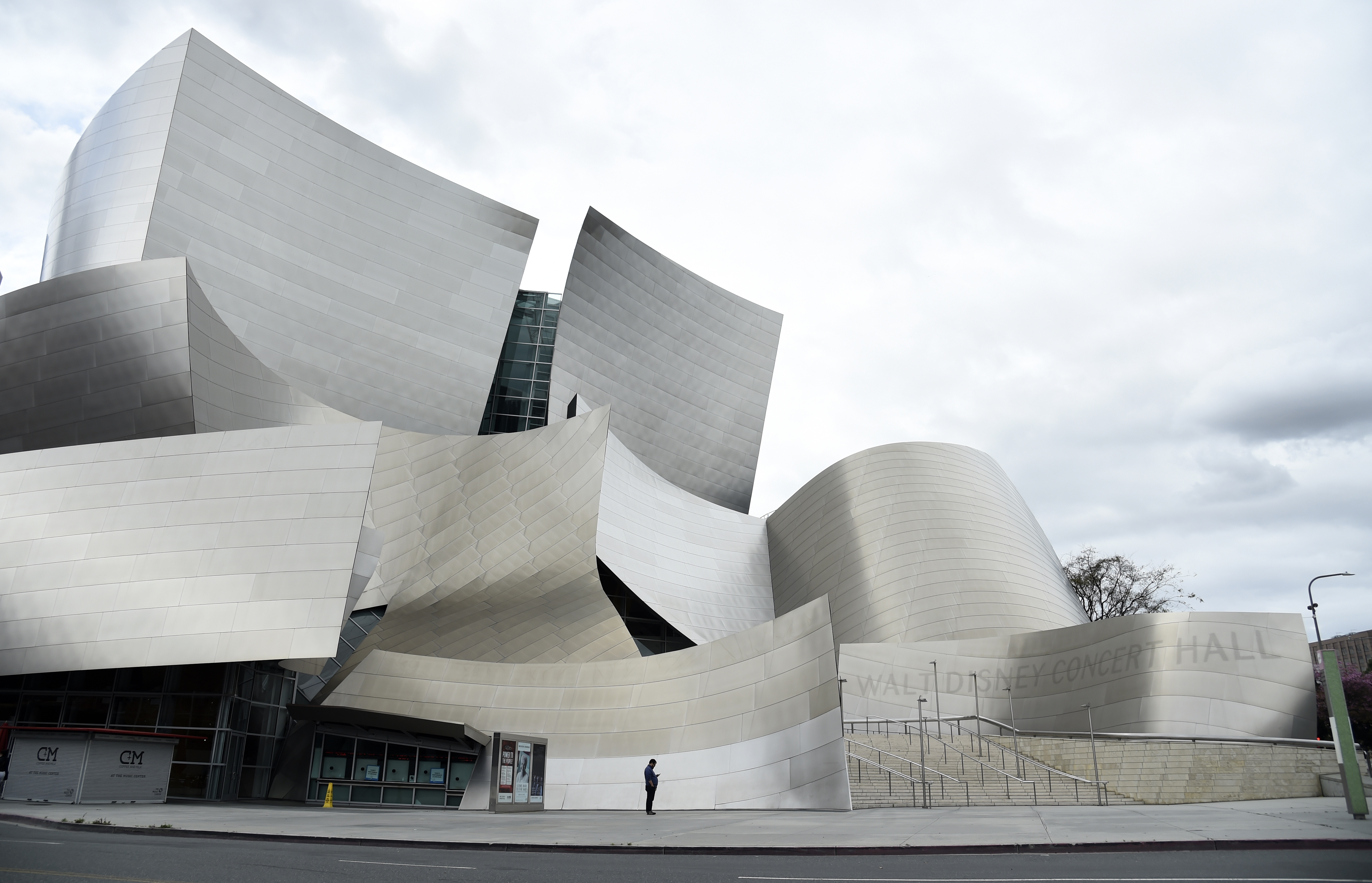 L.A. Phil Cancels All Walt Disney Concert Hall Live Events Through June 2021