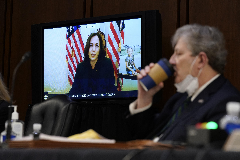 Kamala Harris Gop Reckless In Holding Amy Coney Barrett Hearing Amid Covid 19 Deadline