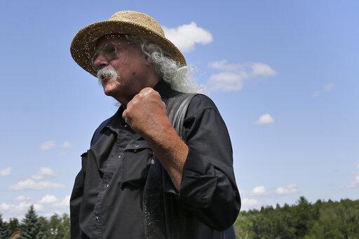 Arlo Guthrie Retires – Original Woodstock Performer's 'Alice's Restaurant' Song Inspired Film