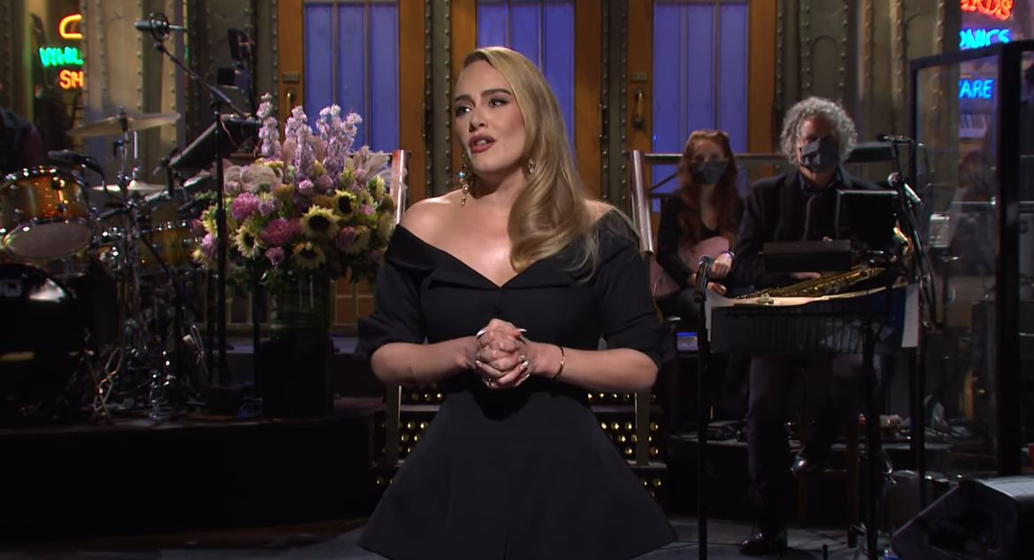 'SNL': Adele Turns 'The Bachelor' Into A Mini Concert, Then Becomes First Contestant To Get The Boot