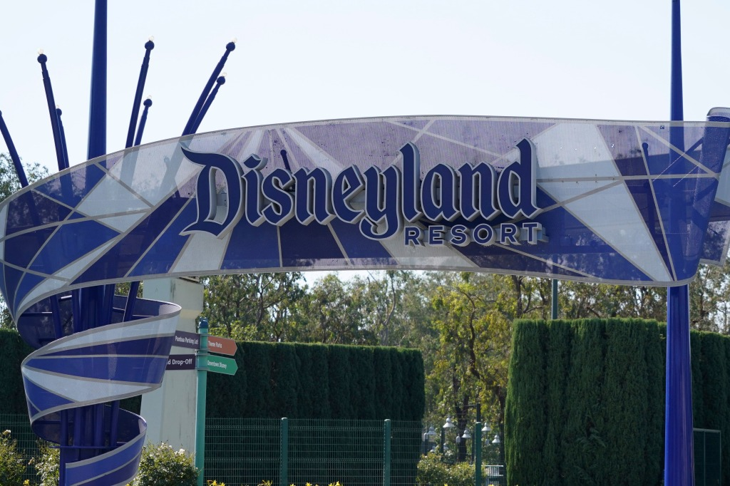 Disneyland Ticket Demand Overwhelming, Leading To Long Delays -