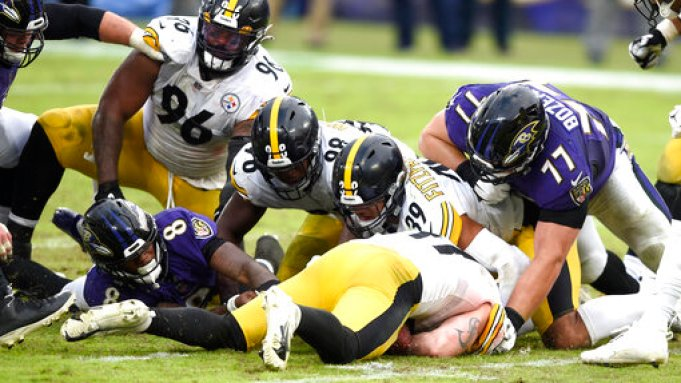 Nfl Moves Baltimore Ravens Pittsburgh Steelers Game To Tuesday Deadline