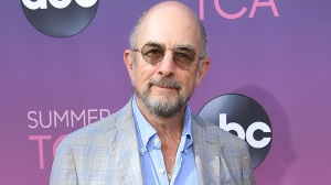 "'The Good Doctor', 'West Wing' Star Richard Schiff Talks Covid-19 Experinence Upon Recovery: ""It's Scarier Than You've Read"""