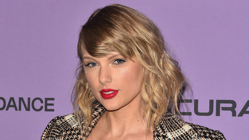 Taylor Swift Pens Letter To Fans After Scooter Braun Sold Master Recordings Deadline
