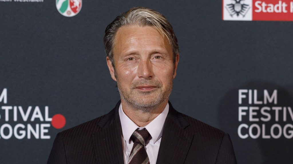 Mads Mikkelsen replacing Johnny Depp in Fantastic Beasts