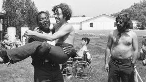 Para pekemah dan konselor di'Crip Camp' pada tahun 1971