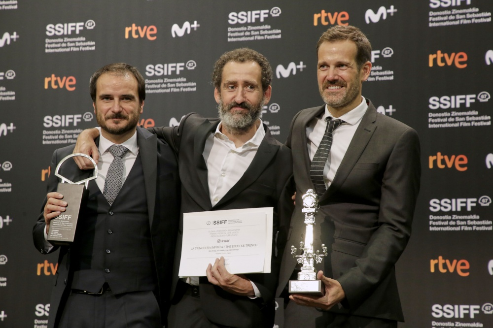 Director Trio Behind Spain's Oscar Entry 'The Endless Trench' Sign With Gotham Group