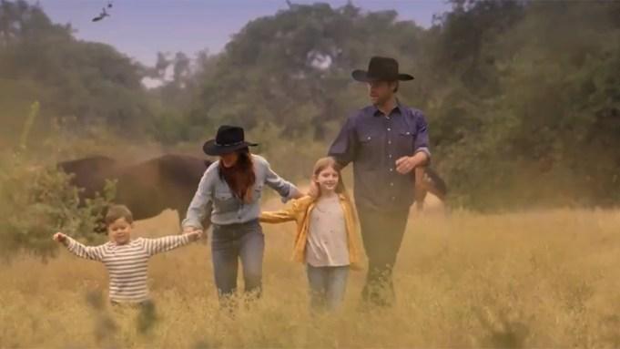 WATCH] 'Walker' Trailer: First Look At Jared Padalecki In Reboot – Deadline
