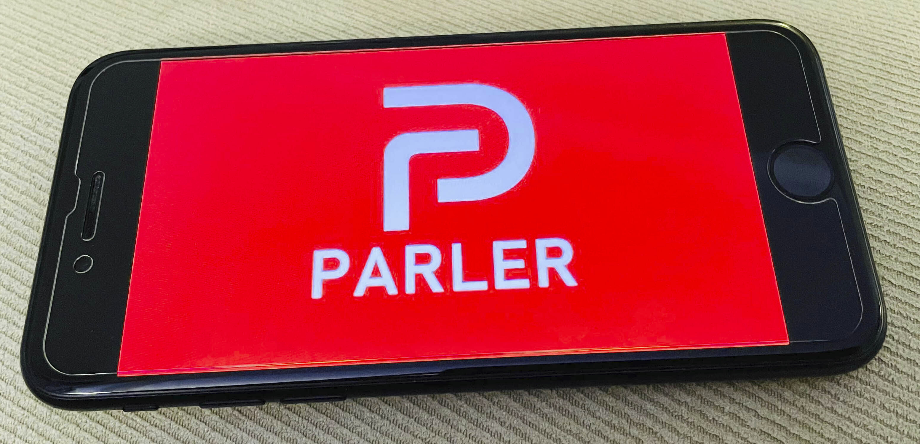 New Parler CEO: We're Committed to Free Speech, Big Tech Doesn't Run Our Servers