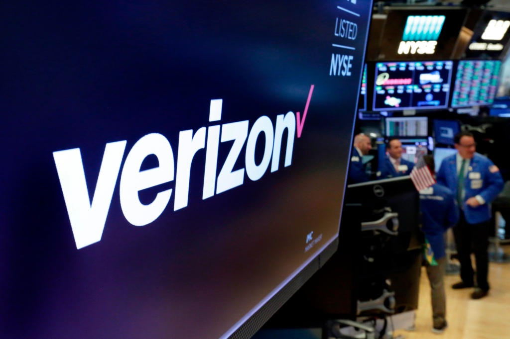 "Verizon CEO Eyes More Streaming Deals Like ""Super-A"" Disney+, Discovery+; Touts Q4 Surge In Ad Sales, Broadband"