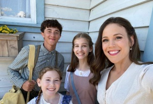 'When Calls The Heart' Season 8 Premiere Averages 3 Million Total Viewers For Hallmark Channel