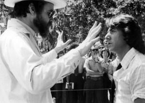 Alan J. Pakula Dustin Hoffman