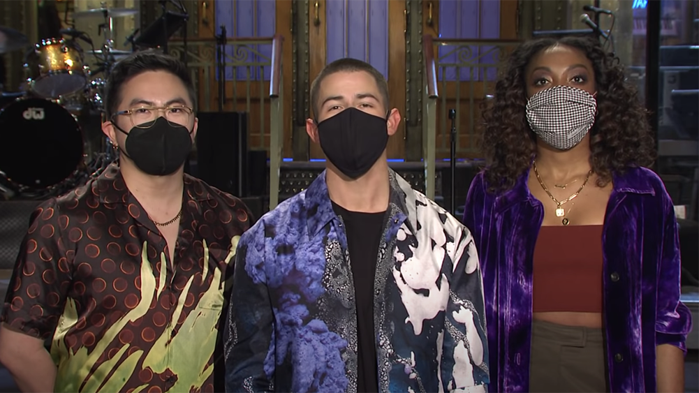 'SNL': Nick Jonas Clashes With Ego Nwodim & Bowen Yang Ahead Of Host, Musical Guest Spot In Promo.jpg