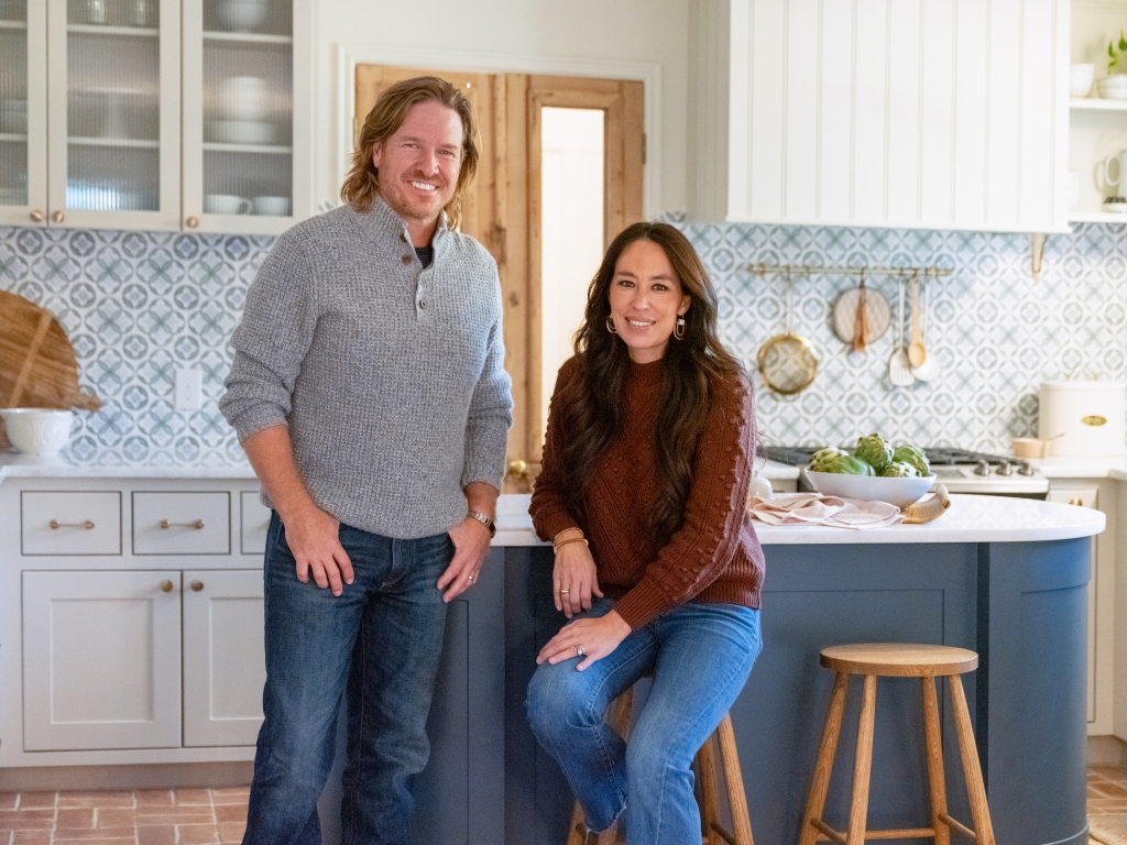 Chip & Joanna Gaines' Magnolia Network To Launch Slate On App & Discovery+ First, DIY Takeover To Follow.jpg