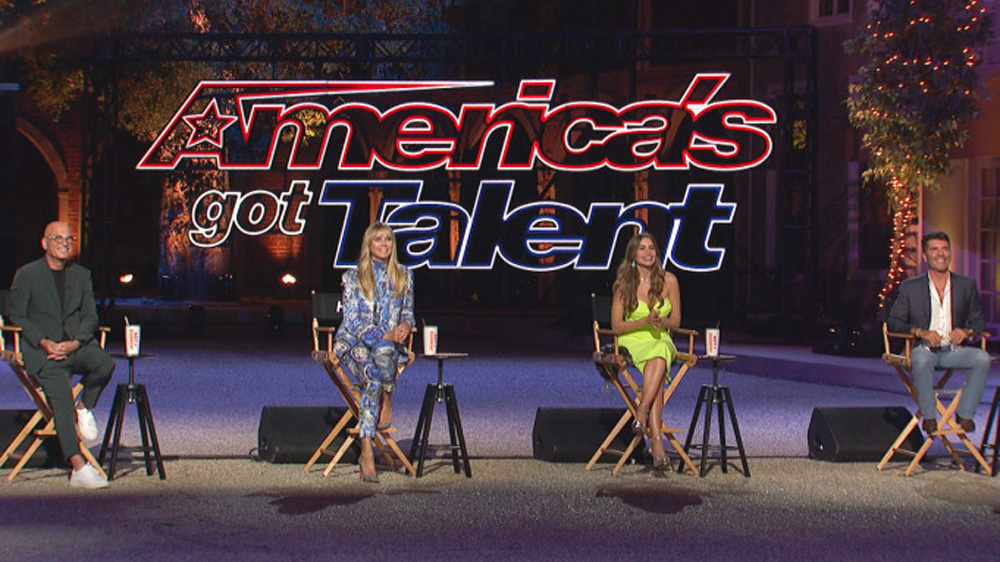 'America's Got Talent': Judges Simon Cowell, Heidi Klum, Howie Mandel & Sofia Vergara Returning For Season 16.jpg