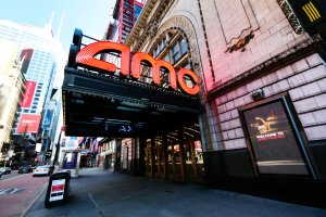 New Yorkers Return To The Movie Theaters, Politicians Dance, Everyone Nervous