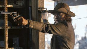 Colby Minifie in 'Fear the Walking Dead'
