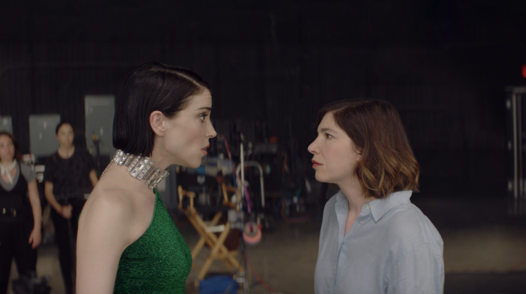 """Annie """"St. Vincent"""" Clark & Carrie Brownstein Sundance Feature 'The Nowhere Inn' Picked Up By IFC.jpg"""