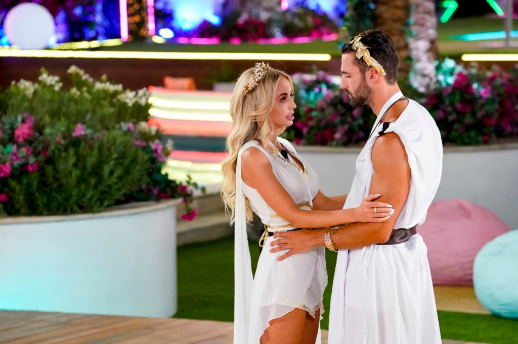 Image 'Love Island' Travels To Czech Republic & Slovakia; 'The 1% Club' Heads To Israel — MipTV Briefs