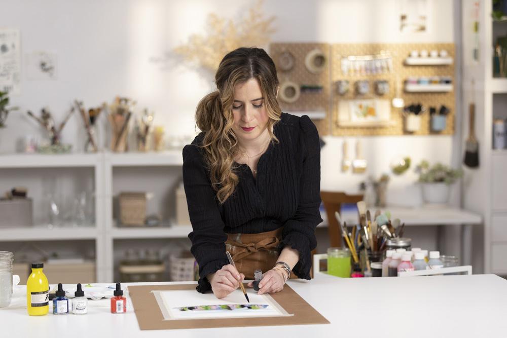 Art-in-Bloom-with-Helen-Dealtry