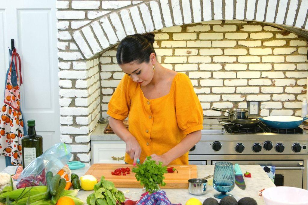 Reality Week: Industrial Media Team Talk '90 Day Fiancé', 'Selena + Chef' & Premium Doc Boom.jpg