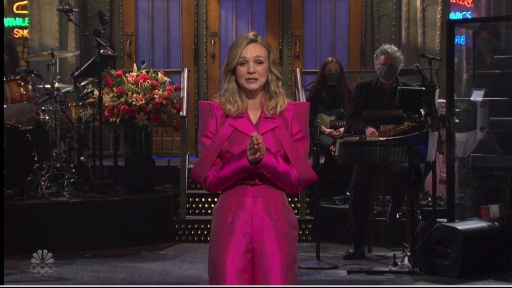 "Carey Mulligan's 'SNL' Opening Monologue Crashed By Husband Marcus Mumford: ""Did They Book A Musical Guest For Tonight?"".jpg"