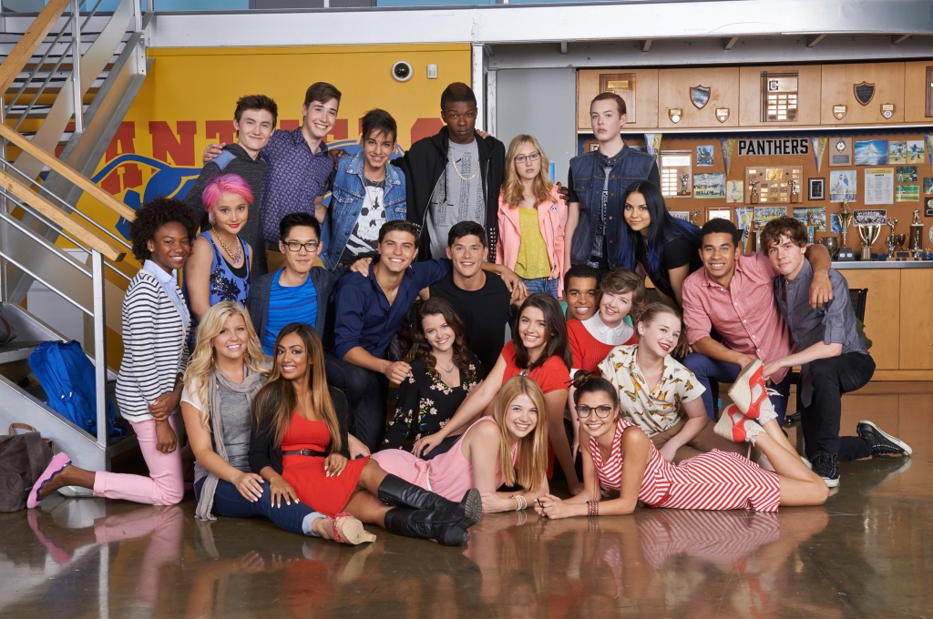 'Degrassi: The New Generation': EPs & Cast Reflect On Teen Drama's Longevity, Pitch Potential Reboot Threads – ATX.jpg