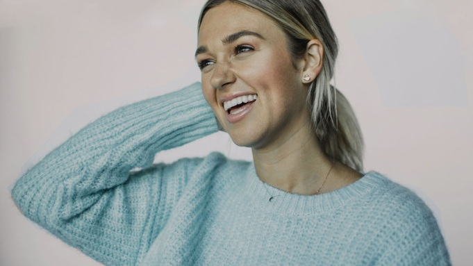 """Sadie Robertson Huff's YA Novel """"Life Just Got Real"""" to be Adapted Into Scripted Series"""