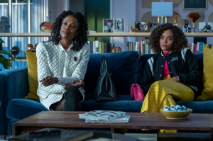 Charlayne Woodard and Quintess Swindell in 'In Treatment'