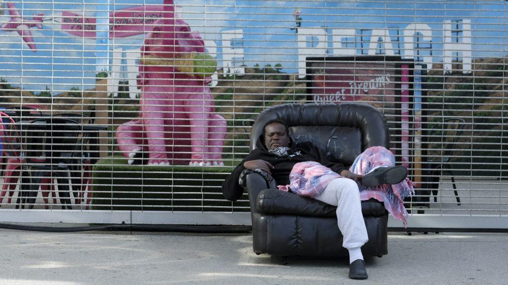 Political Battle Erupts Over Homeless Encampment On Venice Boardwalk.jpg
