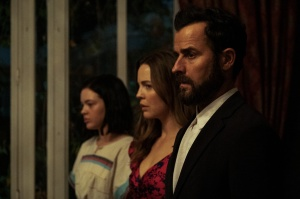 Justin Theroux, Melissa George, and Logan Polish in 'The Mosquito Coast'