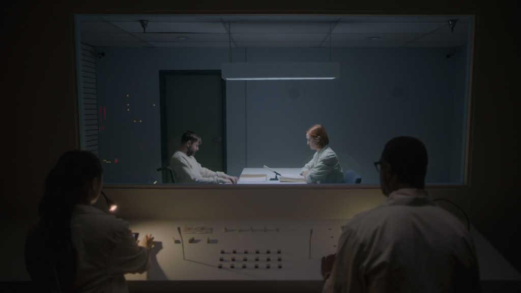 'Ultrasound' Tribeca Midnight Clip: Vincent Kartheiser Gets An Offer That Maybe He Really Should Refuse.jpg