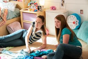 Anna Konkle and Ashlee Grubs in 'PEN15'