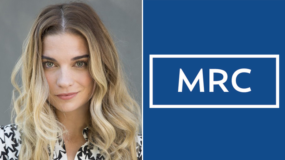 'Schitt's Creek' Actress Annie Murphy To Star & EP 'Witness Protection' From Alloy Entertainment For MRC Female Comedy Label.jpg