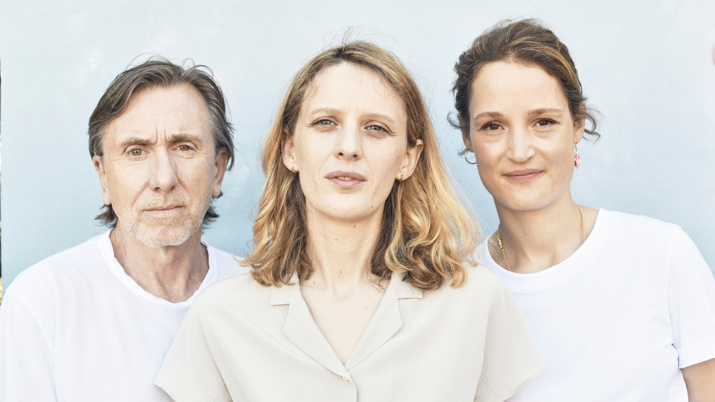 Mia Hansen-Love Blends Life And Cinema With 'Bergman Island' – Cannes Studio.jpg