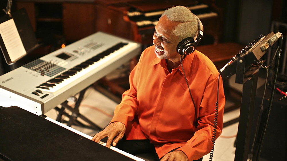 Clarence McDonald Dies: Grammy-Winning Keyboard Player & Producer Was 76