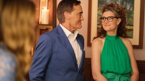 John Wesley Shipp and Michelle Harrison on 'The Flash'
