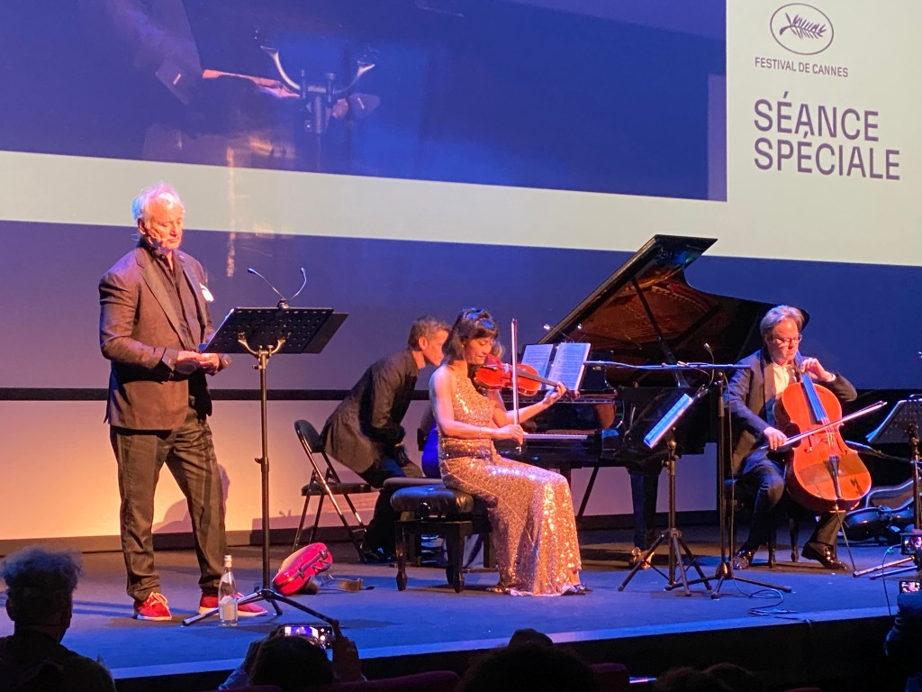 Bill Murray Rocks Cannes With Surprise Musical Performance At Premiere Of 'New Worlds'.jpg