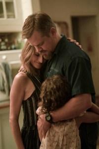 Camille Cottin, Matt Damon, and Lilou Siauvaud in 'Stillwater'