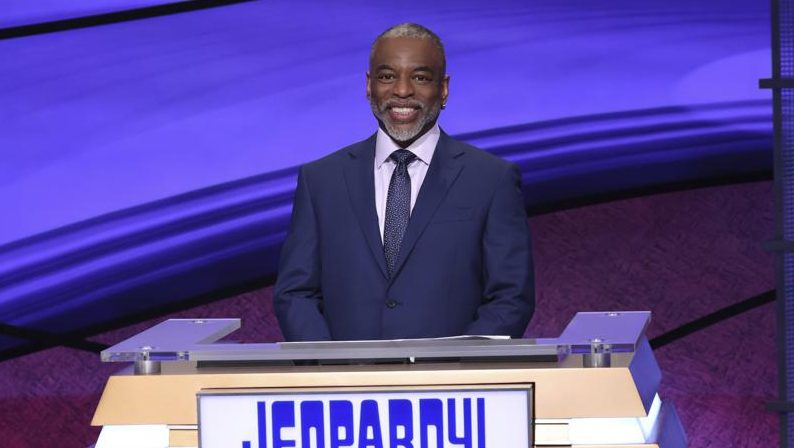 LeVar Burton Reacts To 'Jeopardy!' Host Decision As Fans Rally Behind 'Reading Rainbow' Star.jpg