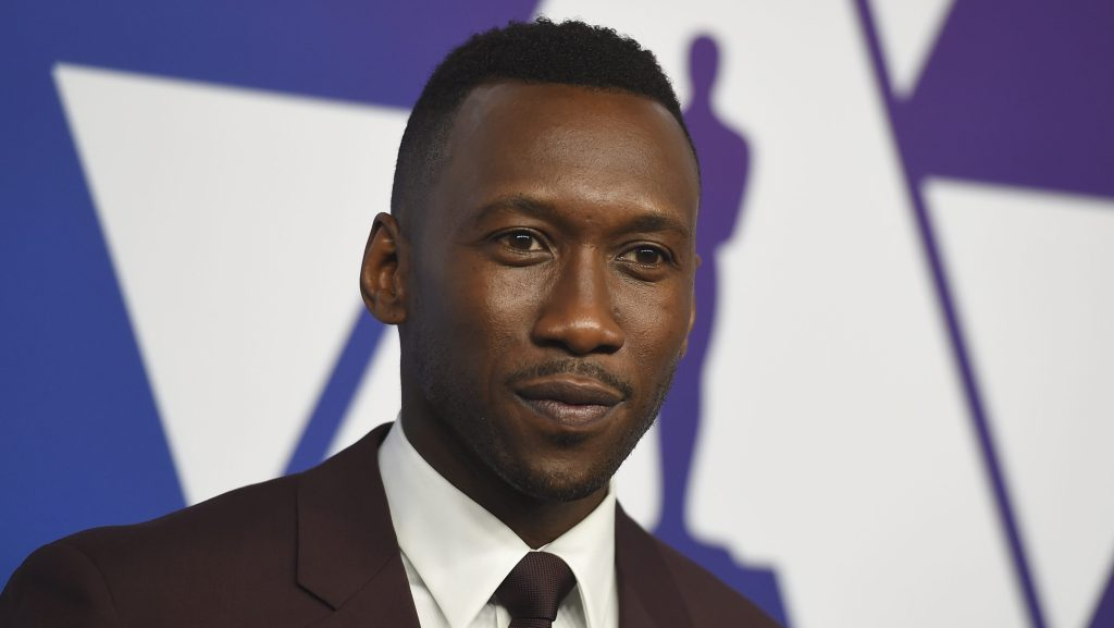 Mahershala Ali To Co-Star With Julia Roberts In Sam Esmail and Netflix's 'Leave The World Behind'.jpg