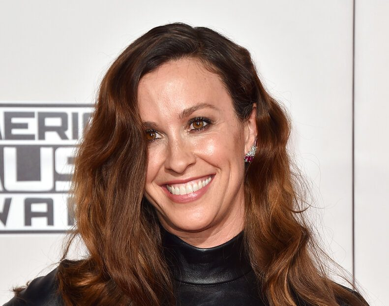 Alanis Morissette Says She Was Raped By Multiple Men In New HBO Documentary, Washington Post Reports