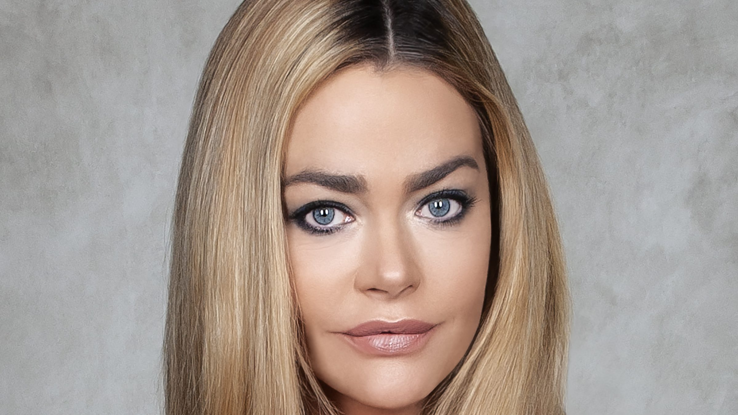 Denise Richards To Star In Family Comedy 'The Junkyard Dogs' From Verdi Productions