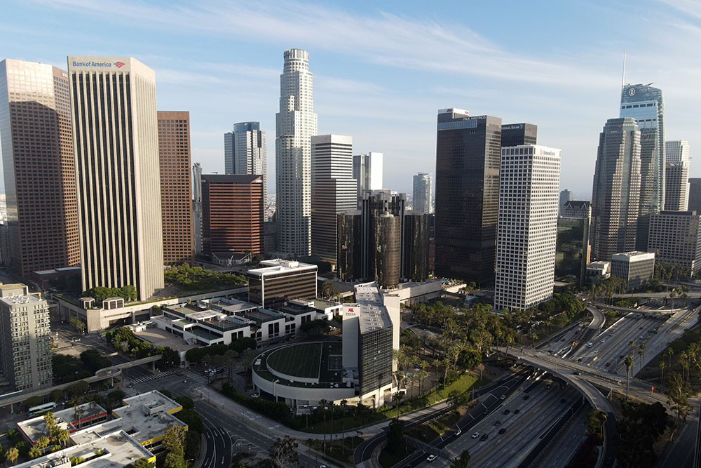 L.A. County Public Health Covid-19 Report: 10 New Deaths, 916 New Positive Cases