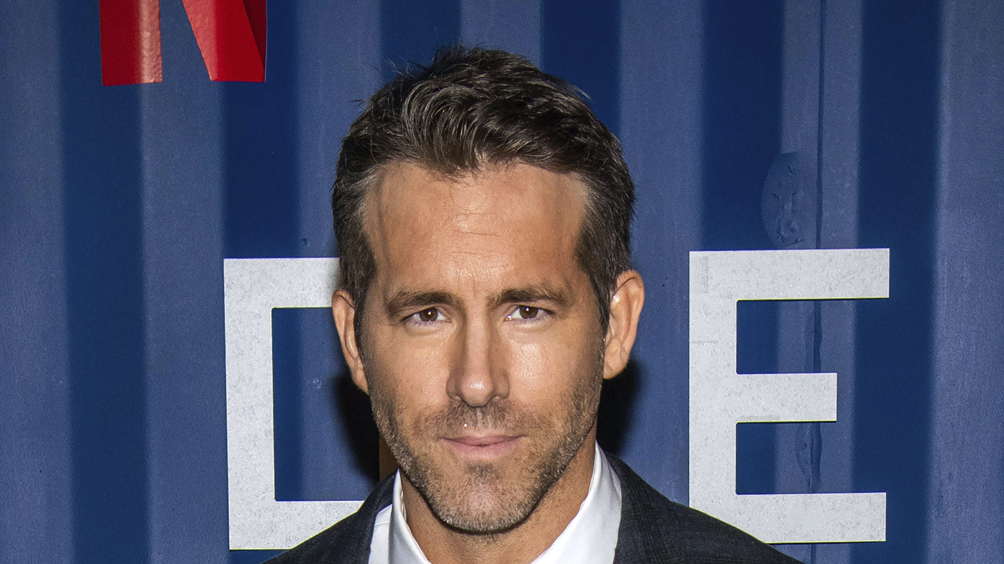 """Ryan Reynolds Announces He's Taking """"Little Sabbatical From Movie Making"""""""