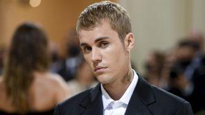 Justin Bieber at the Met Costume Gala